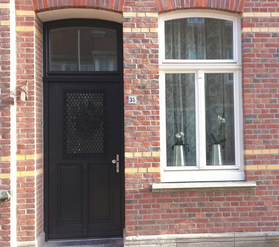 voordeur tegelen